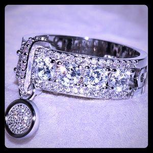 Beautiful White Sapphire WG plated dangle ring